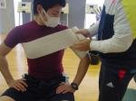 肩の固定・アイシング1