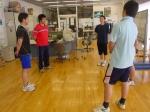 外部ウェイトリフティングコーチ内藤さんに教わるMSCCメンバー達